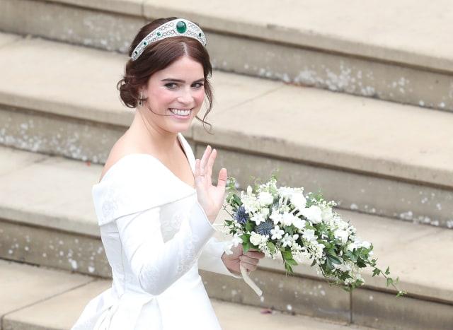 Makna di Balik Pilihan Gaun Pernikahan Putri Eugenie (490429)