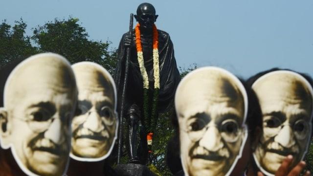 Patung Mahatma Gandhi