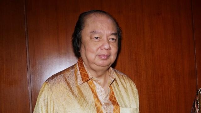 Dato Sri Tahir, Dolar, Rupiah, Gedung Bank Indonesia