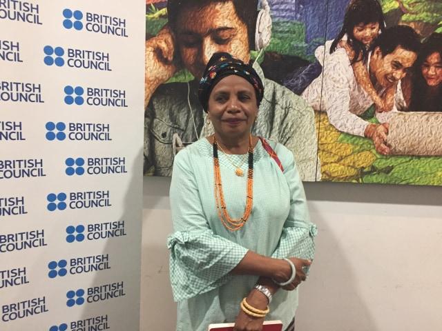 Aleta Baund (Mama Aleta), Aktivis dari Timur Tengah Selatan