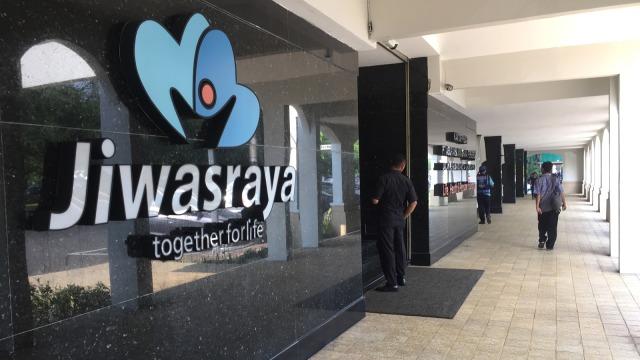 Kantor Jiwasraya, Tunggak Polis Asuransi
