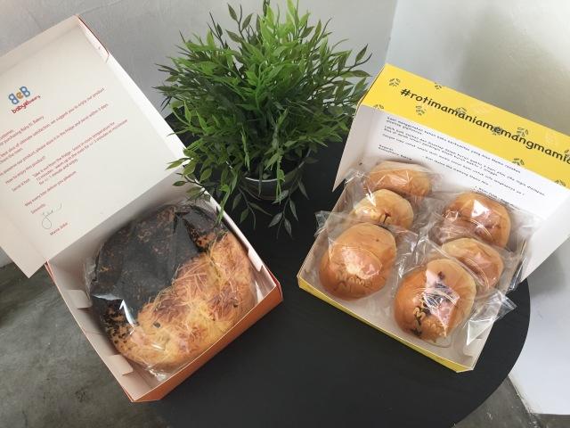 Makanan Artis: Roti Mama Nia vs Baby El Bakery (240631)