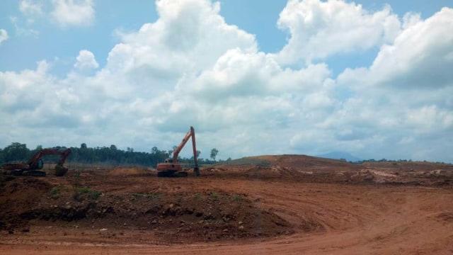 Melihat Tambang Bauksit PT Antam di Dekat Perbatasan RI-Malaysia (64459)