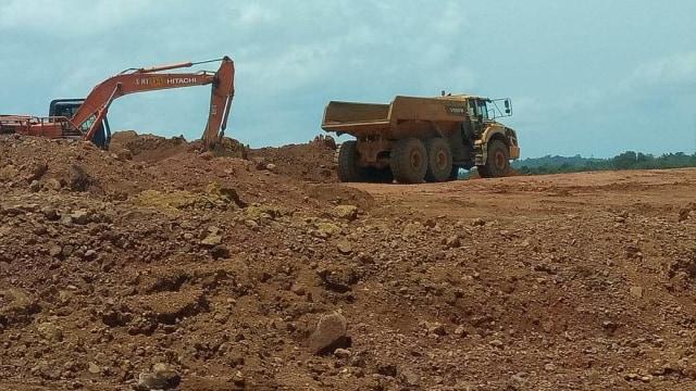 Melihat Tambang Bauksit PT Antam di Dekat Perbatasan RI-Malaysia (64460)