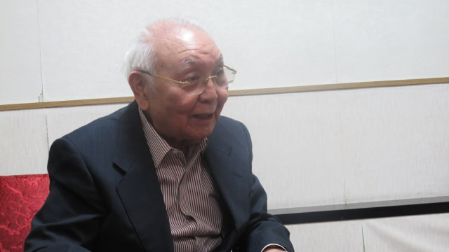 Sutradara Jepang, Sadao Nakajima