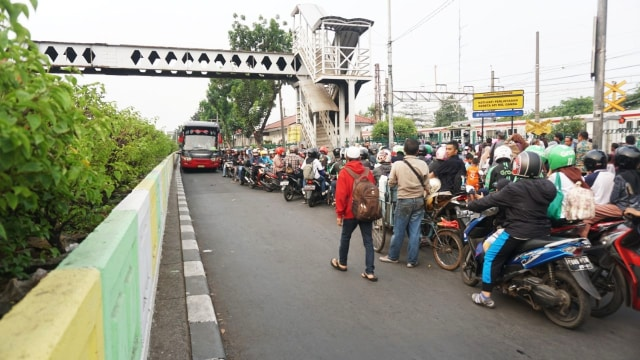 Konten spesial, Lalu lintas, Pasar Minggu