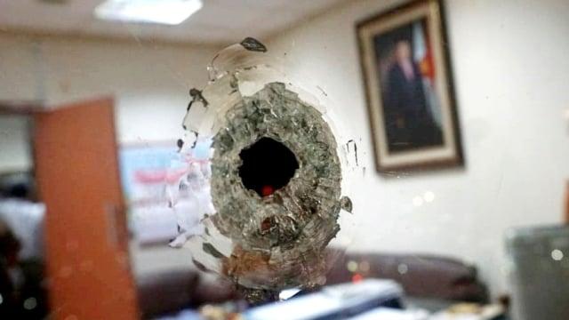 Polisi Pastikan 5 Peluru Nyasar di Gedung DPR Identik dari Glock 17 (467147)