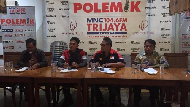 Diskusi Polemik bertema: Pemilu 2019, anak anak dan kaum milenial di Warung Daun