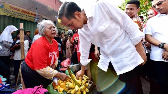 PDIP Bela Jokowi soal Bagi Sembako: Ada Kemiripan dengan Umar Bin Khattab (15570)