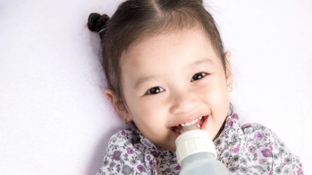 Lebih Baik Mana, Susu PHP atau Soya untuk Anak Alergi?     (766185)