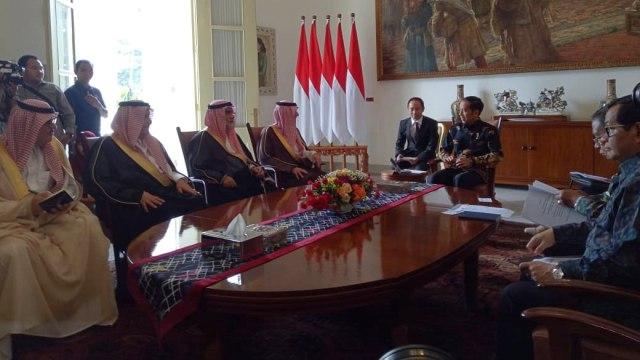 Jokowi Temui Menlu Saudi di Istana Bogor