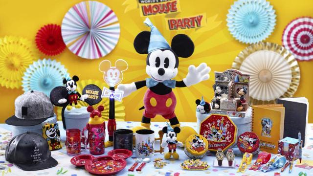 Merchandise Mickey di Hong Kong Disneyland.