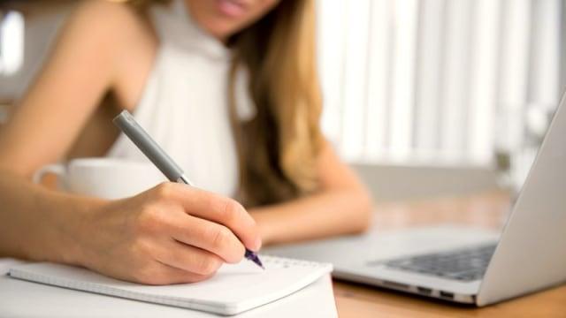Pentingnya Belajar Grafologi dari Kacamata HRD (5350)