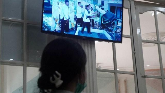 Ilustrasi menonton FTV azab