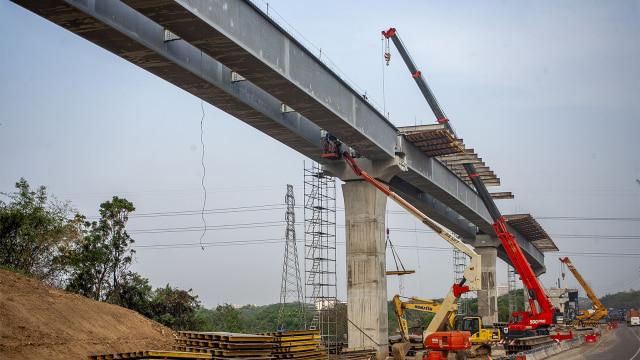 proyek jalan tol layang Jakarta-Cikampek