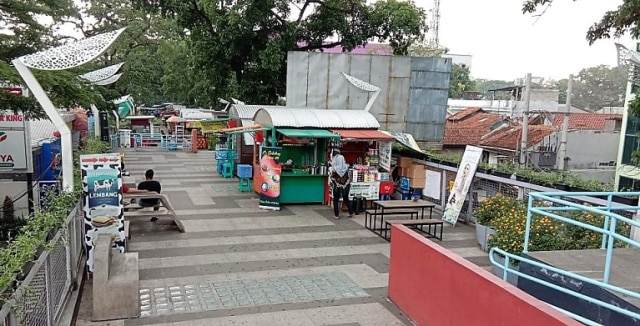 Foto-foto Skywalk Teras Cihampelas yang Terancam Ditinggal PKL dan Pejalan Kaki (7945)