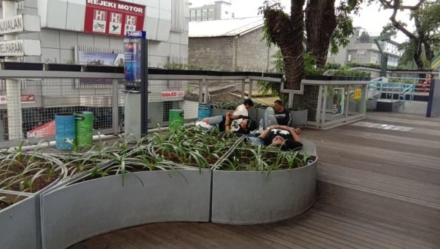 Foto-foto Skywalk Teras Cihampelas yang Terancam Ditinggal PKL dan Pejalan Kaki (7948)