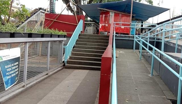 Foto-foto Skywalk Teras Cihampelas yang Terancam Ditinggal PKL dan Pejalan Kaki (7949)