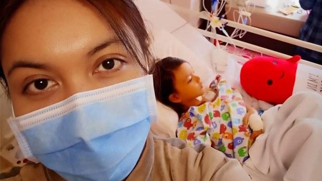 Anak Denada dirawat karena sakit kanker darah