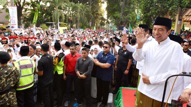 Jokowi, Ma'ruf Amin, Kirab, Jalan Sehat 1 Juta Sahabat Santri , Sidoarjo