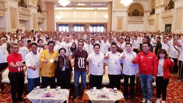 Hasto Kristiyanto: Mau Gabung Koalisi Jokowi Harus Kerja Keras (170112)