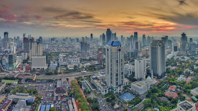 LIPSUS, JAKARTA TENGGELAM Ilustrasi Kota Jakarta