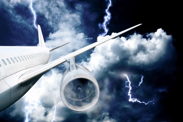 Alasan Kenapa Pesawat Komersial Tak Bekali Parasut untuk Penumpang (180582)