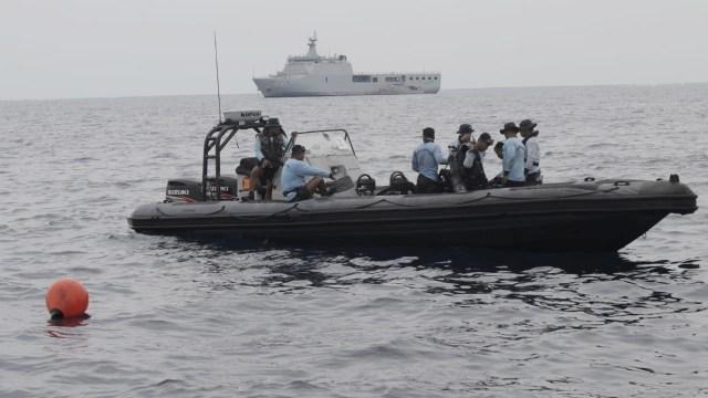 Penyelam Temukan Jejak Roda Pesawat Lion Air di Dasar Laut (11984)