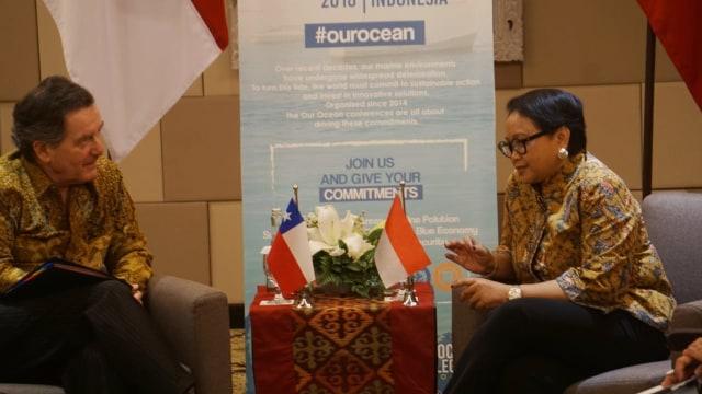 Menteri Luar Negeri Chile Roberto Ampuero, Menteri Luar Negeri Indonesia, Retno Marsudi