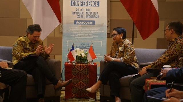 Menteri Luar Negeri Chile Roberto Ampuero, Menteri Luar Negeri Indonesia, Retno Marsudi, OOC