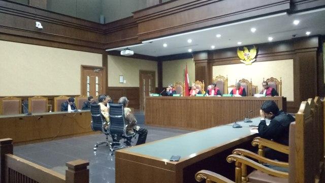 Sidang vonis Asrun dan Wali Kota Kendari nonaktif, Adriatma Dwi Putra