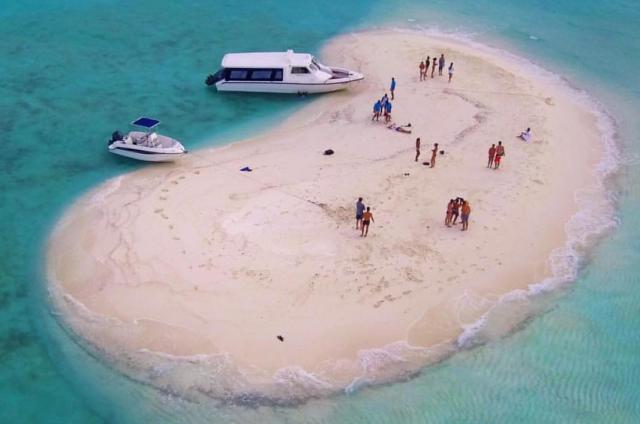 Takabonerate dan Maladewa, Mana yang Lebih Menarik? (6423)