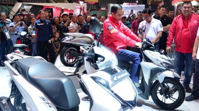 Joko Widodo, Indonesia Motorcycle Show (IMOS) 2018