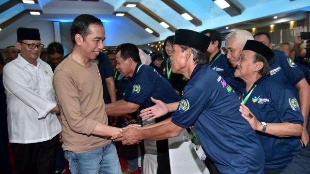 Jokowi Senam Sehat dengan Warga Tangerang