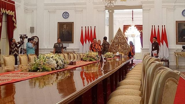 Jokowi, pemuda Pancasila, istana merdeka