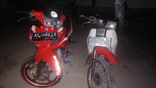 Tabrakan Motor di Margomulyo Bojonegoro Kedua Pengendara Alami Luka-Luka (508748)