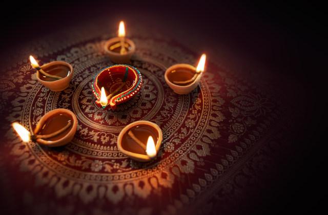 Ilustrasi Diya Dalam Festival Diwali
