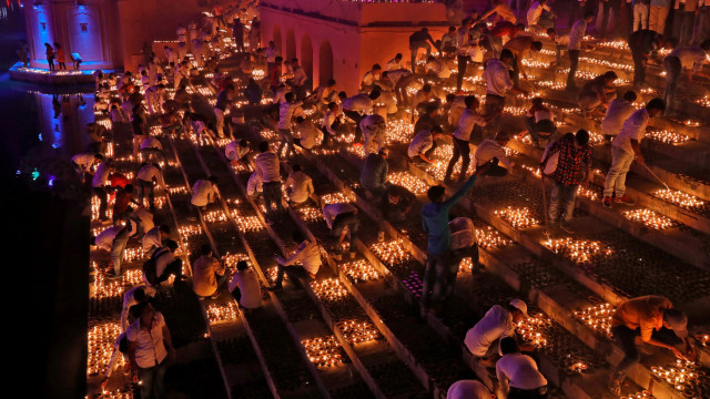 Mengenal Diwali, Tradisi Festival Cahaya di India yang Sebabkan Polusi Udara (50041)