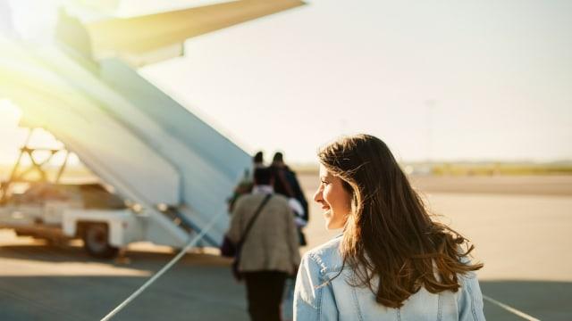 Benarkah Naik Pesawat Terbang Saat Hamil Berbahaya? (2)