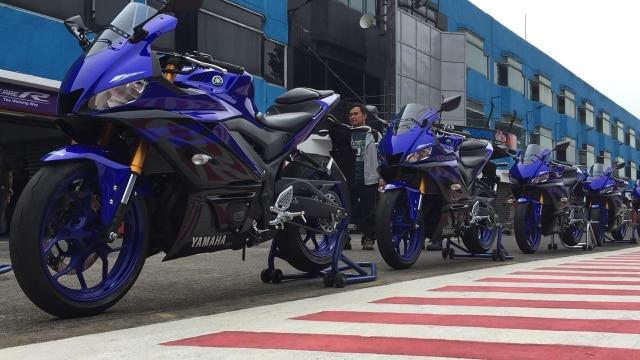 Yamaha YZF-R25M 4-Silinder Calon Lawan Sepadan Kawasaki Ninja ZX-25R? (7638)