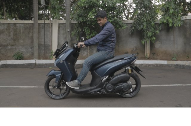 Test Ride Yamaha Lexi 125