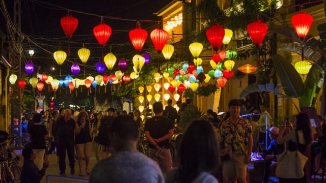 Pasar malam Hoi An di Vietnam