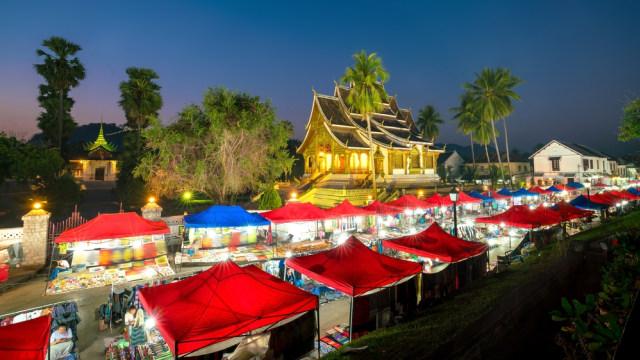 Pasar malam Luang Prabang di Laos