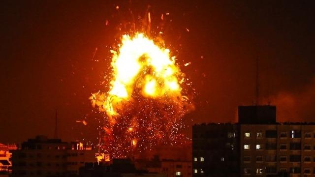 Israel Lanjutkan Serangan, 2 Warga Gaza Tewas dan 1 Stasiun TV Hancur (213190)