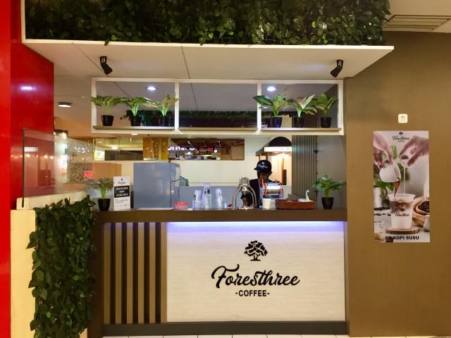 Foresthree Coffee, Kopi Murah Meriah Milik Artis Deva Mahenra - kumparan.com