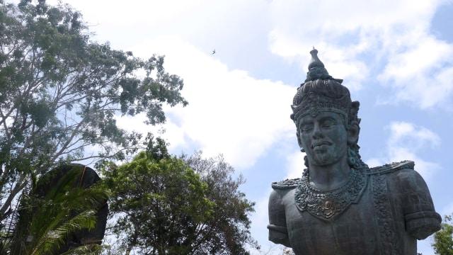 Mengintip Fakta Menarik di Balik Megahnya Garuda Wisnu Kencana (327005)