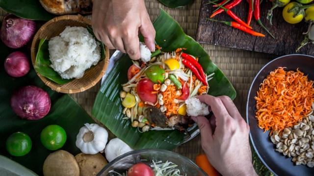 3 Makanan Khas Laos Yang Ramah Untuk Vegetarian Kumparan Com