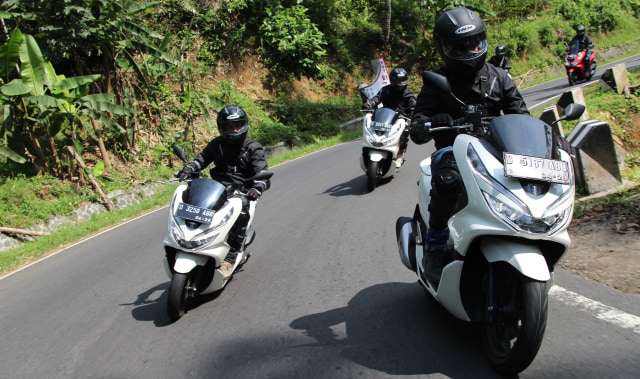 Test Ride Honda PCX 150
