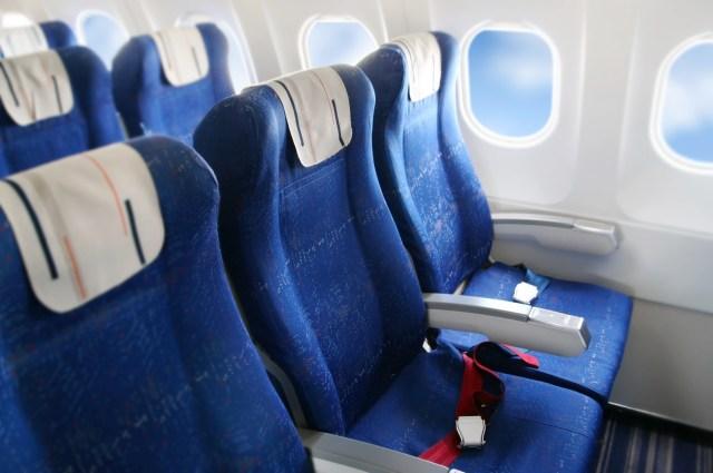 Mengapa Sebagian Besar Kursi Pesawat Berwarna Biru? Ini Alasannya (159369)