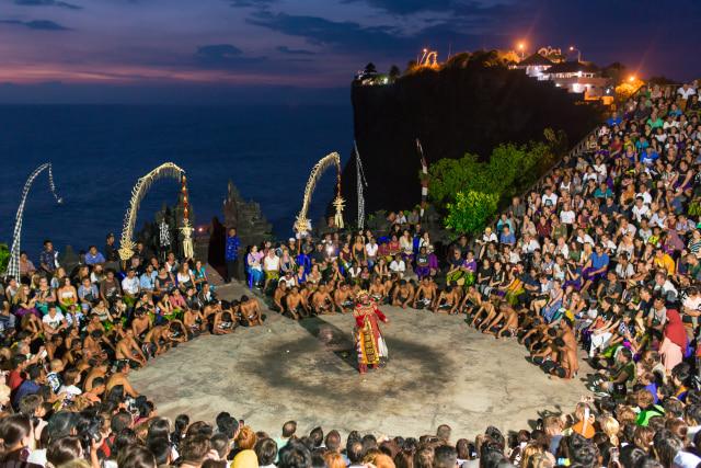 5 Tempat yang Tidak Boleh Dilewatkan Saat Traveling ke Bali (920636)